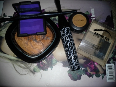MKM Added Details Bronzer and Eyeliner